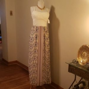 Lily Rose lace/crocheted maxi summer dress. Size L